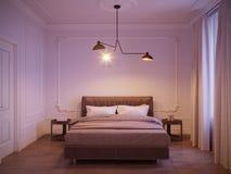 Яркий и уютный современный дизайн интерьера спальни с белыми стенами, Стоковые Изображения
