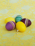 Яркий комплект пасхальных яя Стоковые Изображения