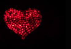 яркий красный цвет сердца Стоковые Фотографии RF