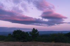 Яркий розовый заход солнца стоковое изображение rf