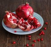 Яркое аппетитное pomegrande Стоковое фото RF