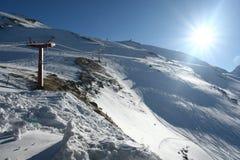 Яркое солнце на горных склонах Стоковое фото RF