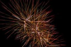 Ярко красочные фейерверки разнообразие цвета в небе на ni Стоковое фото RF