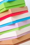 Ярко покрашенные коробки для подарков Стоковое фото RF