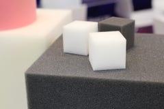 Ярко покрашенный пенистый каучук для фабрик мебели стоковое фото