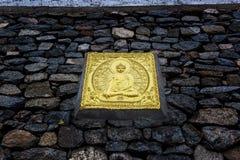ярк буддийские украшенные настенные росписи памятника leh ladakh Индии покрасили stupa shanti белым Стоковое Изображение RF