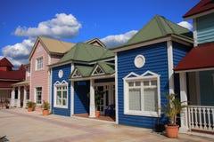 ярк покрашенные магазины рядка Стоковое Фото