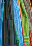ярк покрашенные одежды Стоковое Фото