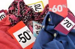 Ярлыки продажи на одеждах бесплатная иллюстрация