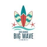 Ярлыки ретро стиля вектора занимаясь серфингом, логотипы Стоковое фото RF