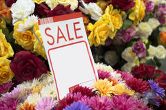 Ярлык, цена, продажа, цветки, фальшивка, пластичные цветки, ваза, красивый, красочная стоковые фотографии rf