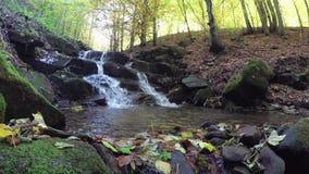 ясная вода горы заводи Водопад акции видеоматериалы
