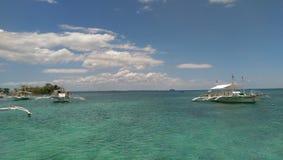 Ясное зеленое море стоковая фотография rf