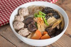 Ясный суп с curd фасоли и ым свининой Стоковые Фото