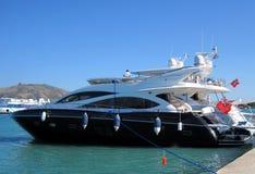 Яхта в Средиземном море греческие острова Стоковые Изображения RF