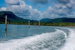 Яхта и быстроходный катер койки порта в Пхукете Стоковые Фотографии RF