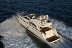 Яхта мотора стоковое изображение rf