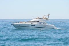 Яхта мотора - Cranchi Стоковые Фото