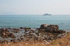 Яхта на море Стоковые Фотографии RF