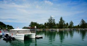 Яхта на набережной Стоковая Фотография