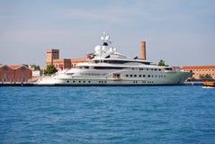 яхта предпринимателя abramovi роскошная Стоковые Изображения