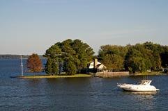 яхта пункта дома Стоковые Фотографии RF