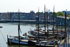 Яхты в заливе Амстердам стоковые изображения rf