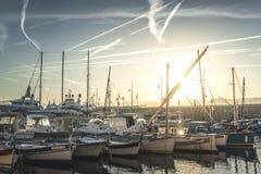 Яхты в заливе St Tropez стоковые фотографии rf