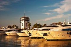 Яхты в заливе Стоковое фото RF