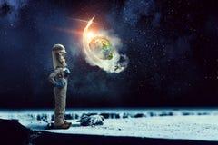 Я исследую космос Мультимедиа Стоковая Фотография RF