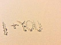 Я плюс вы, надпись на песке стоковые фотографии rf