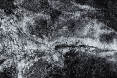 Я принял это изображение во время дождливого дня Бассейн протекая автотракторного масла сформировал Стоковое Фото