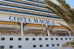 '肋前缘Magica'游轮在瓦莱塔 免版税库存照片