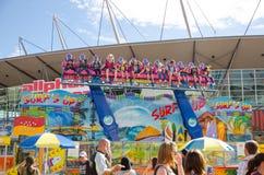 'Resaca encima 'del paseo del parque de atracciones en la demostración de Sydney Royal Easter fotografía de archivo