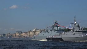 'Sovetsk '- ein kleines Raketenschiffsprojekt 22800 Karakurt St Petersburg stock footage