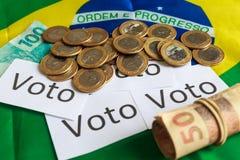 'Voto 'in het Portugees: Stem, politieke corruptie in Brazilië en de aankoop van stemmen in verkiezingen royalty-vrije stock foto