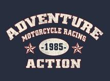 """""""aventure, moto emballant, typographie d'action """", graphiques sportifs de tee-shirt illustration de vecteur"""