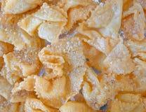 """diples παραδοσιακά ελληνικά γλυκά τηγανητά Χριστουγέννων, εορταστικό υπόβαθρο τροφίμων στοκ εικόνες"