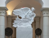 """""""The Herald """"par Frederick Hart dans le musée de l'art de Bibilical à Dallas, le Texas photo stock"""
