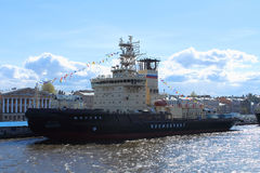 """Moskva"" Ice-Breaker Stock Foto's"