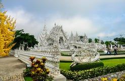 """""""Weißer Tempel"""" - Wat Rong Khun Lizenzfreie Stockfotografie"""