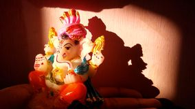 ‡ För 😠för Lord Ganesha 😇, arkivbilder
