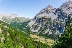 ‰ Granges de la Vallée à troite von oben, Hautes-ÂAlpes, Franken Stockfotos