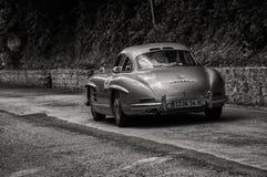 ‰ W 198 1955 SL COUPÃ МЕРСЕДЕС-BENZ 300 Стоковые Изображения RF