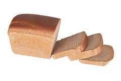‹Découpé en tranches d'†de ‹d'†de pain noir d'isolement sur le fond blanc Images stock