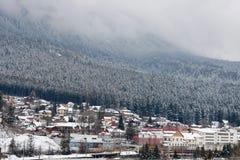 ‹För †för stadsfrån grunden av berget Royaltyfri Fotografi