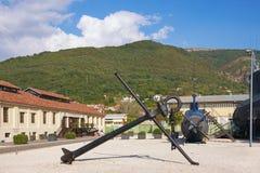 ` €œNaval della raccolta di eredità del museo e vecchio sottomarino iugoslavo a Oporto Montenegro, Teodo, Montenegro Immagini Stock