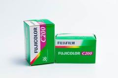€ «03 Женевы/Швейцарии 03 2019: фильм Kodak 35mm и выдержка fujicolor 36 fujifilm для сет стоковая фотография rf