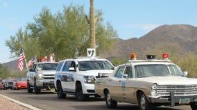 """€ """"11/05/2017 de Phoenix, EUA: Carros policiais da parada do dia de veteranos"""