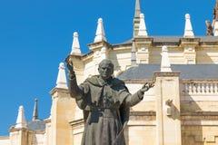 """€ """"03 do Madri/Espanha 03 2019: Estátua do papa Jean Paul II na Espanha do Madri foto de stock royalty free"""
